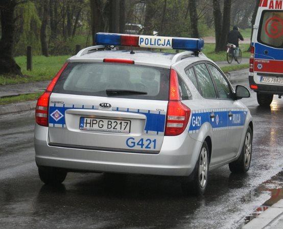 Policja Rybnik: Policjanci zatrzymali w pościgu podejrzanego o napad na sklep